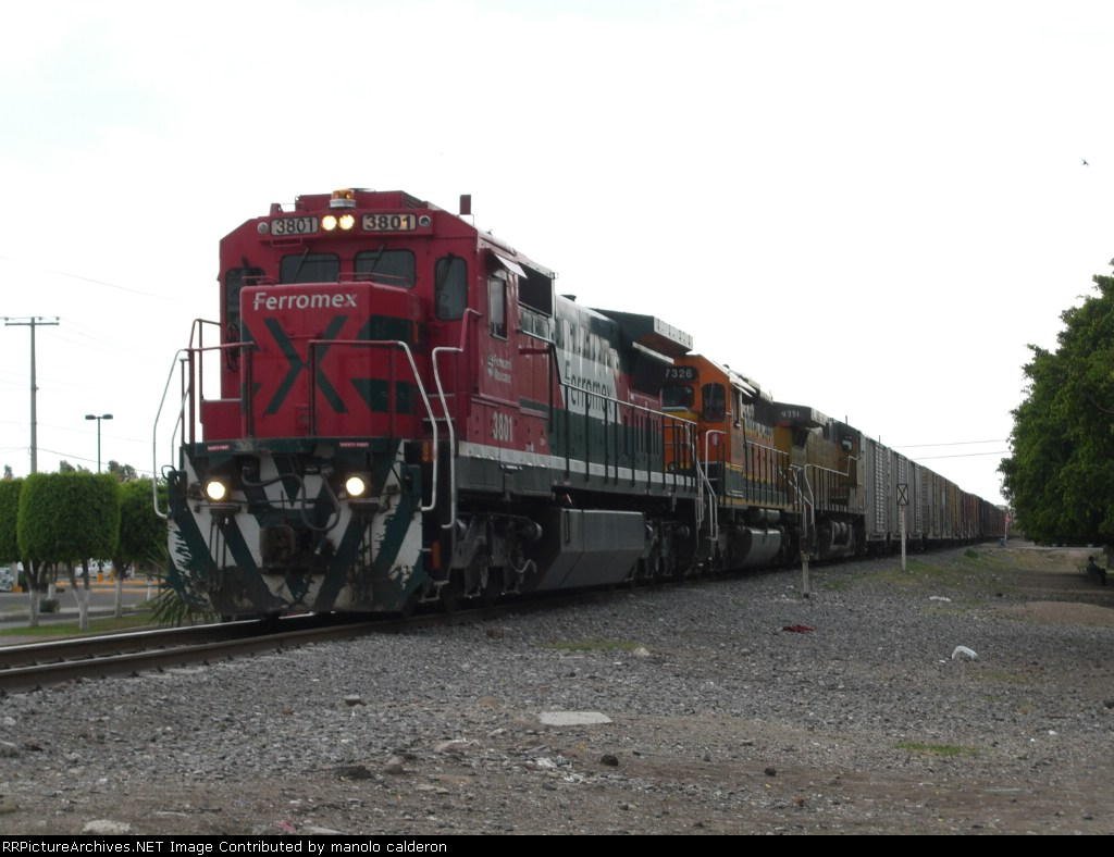 FXE 3801 with some american locomotives