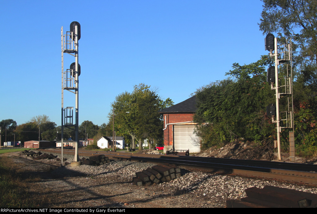 Pair of NS Signals