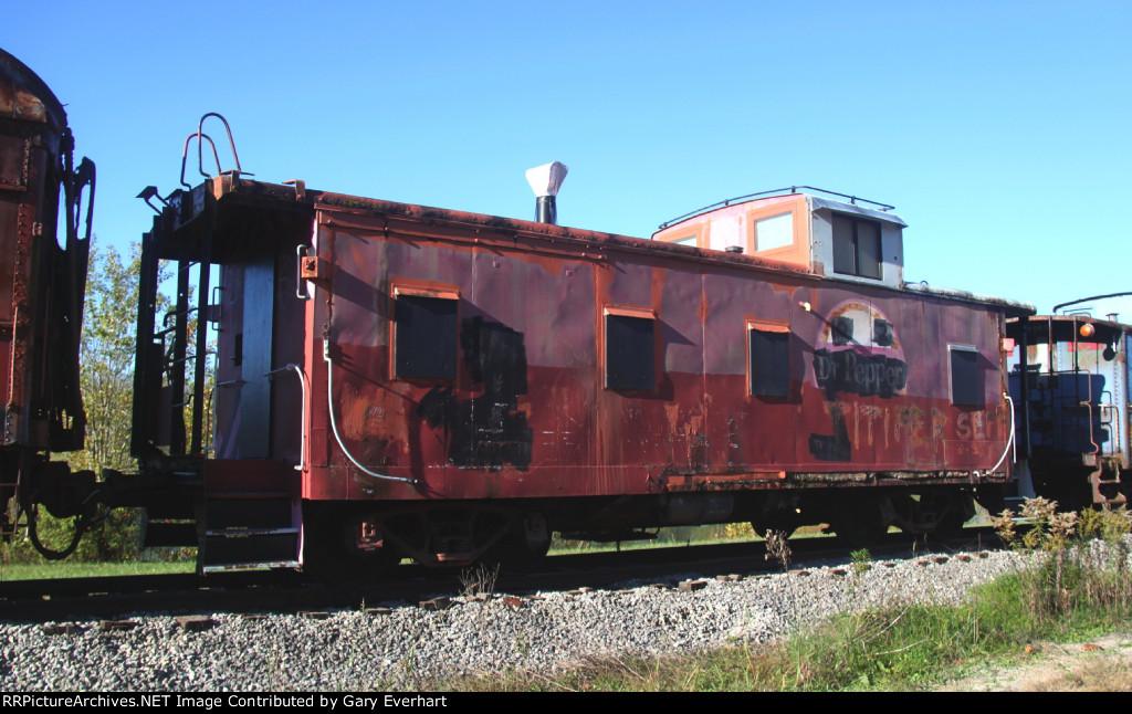 MP 13352 - Missouri Pacific Caboose