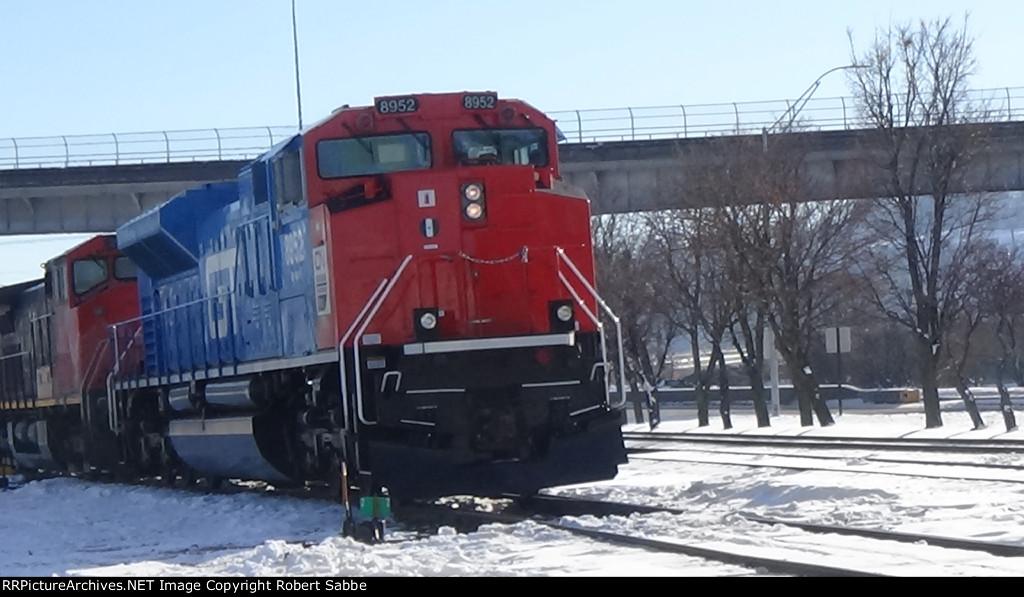GT 8952