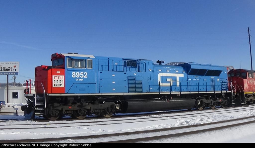 CN 8952