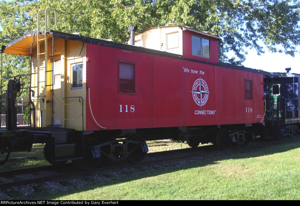 DTI 118 - Detroit, Toledo & Ironton