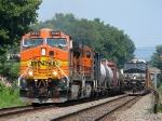 BNSF 4649 leads NS 38G