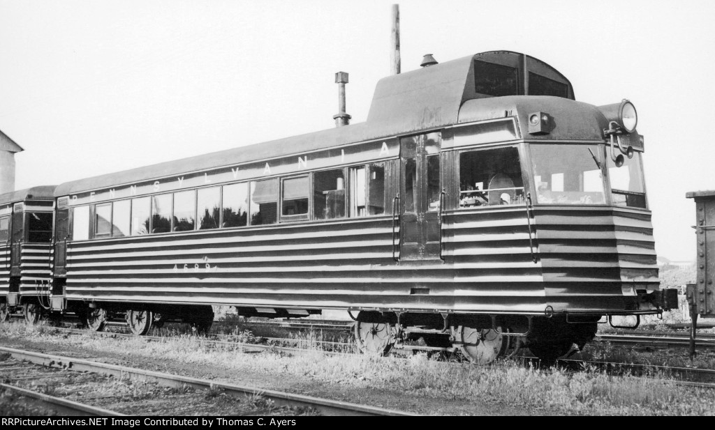PRR 4689, Gas-Electric, c. 1943