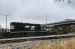 NS 3482 sandwiches this tied down trio