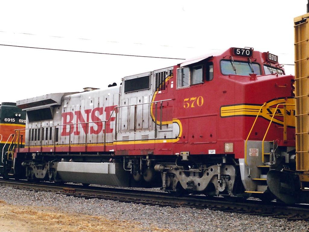 BNSF 570