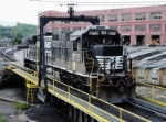 NS 8773 goes for a ride on the turntable at NSs Juniata Shops