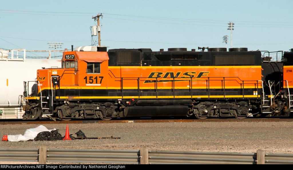 BNSF GP28-2 1517