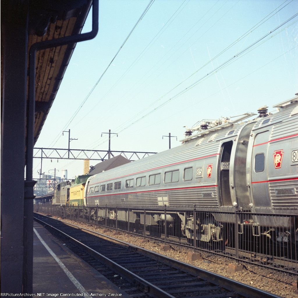 New Metroliners travel through Wayne Jct