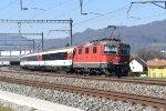 Mainline Zurich-Bern: SBB 11122 Re 4/4