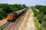 1 dash 9 takes a grain train solo