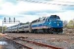 MNCR 4909 on train 49