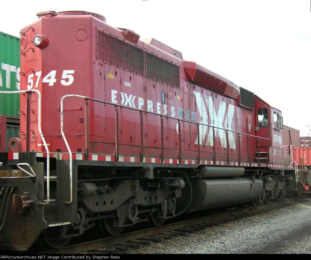 CP 5745 with Expressway logo