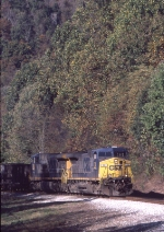 CSX 72 with empty hoppers on the Cowen Sub