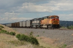BNSF 8937 works in throttle-8 to handle a southbound loaded coal train