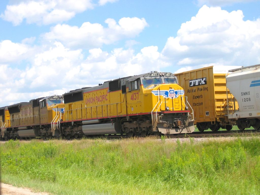 UP Intermodal Train