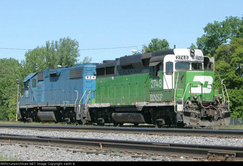 BNSF 2748 and EMDX 824