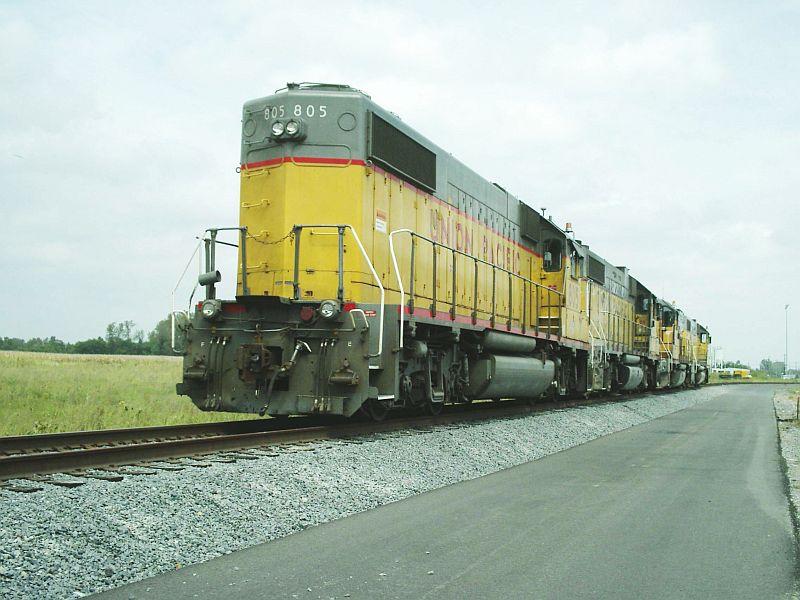 UP GP 38-2 805