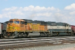 BNSF 9898 and BN 9575