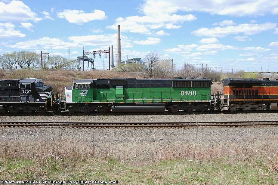 BNSF 8188 side view