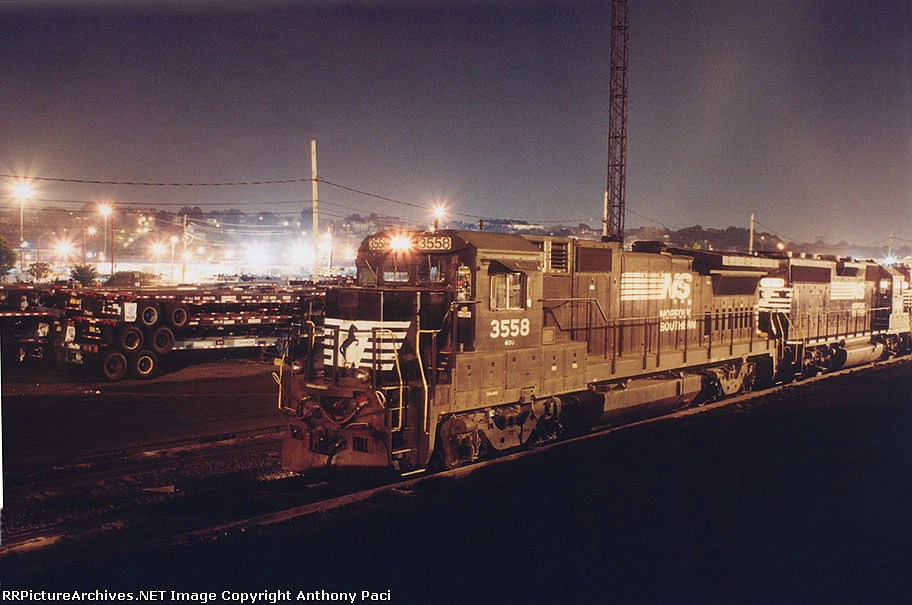 SOU 3558 at night