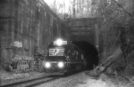 NS HC60 emerging from the Bergen Tunnel