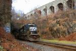SOU 6683 beneath the Bergen Arches