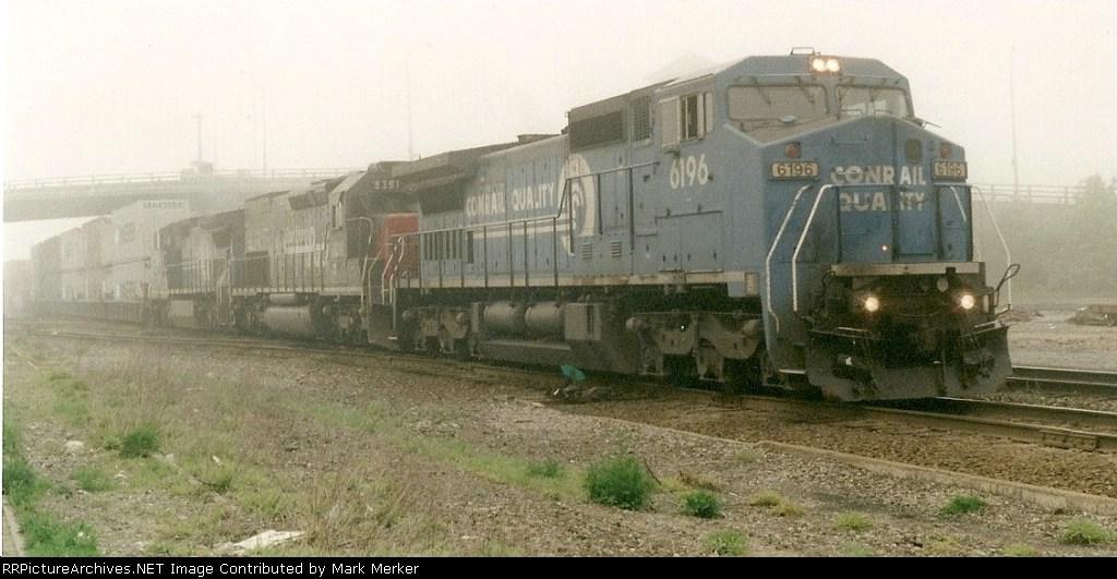 CR train TV-203