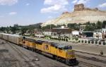 Autorack train arrives