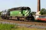 HLCX 7197 leads a freight around the northwest transfer