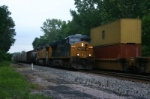 CSX 5249 leads Q351 westbound for the UP