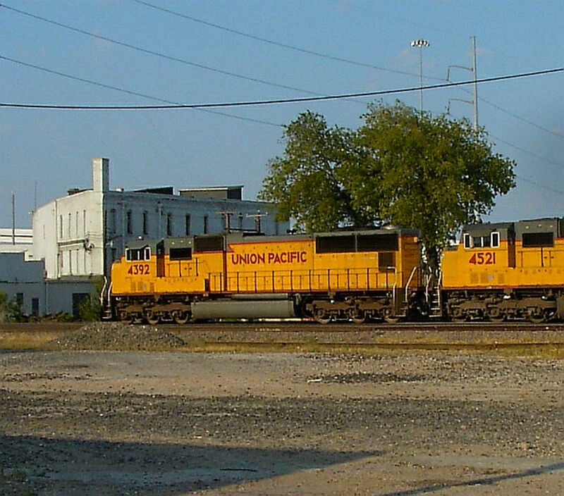 UP 4392 & UP 4521