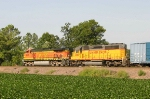 BNSF 4583 and UP 3565