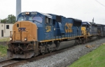 CSX 4782 leads Q405 west