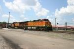 BNSF 4404 heads into the yard