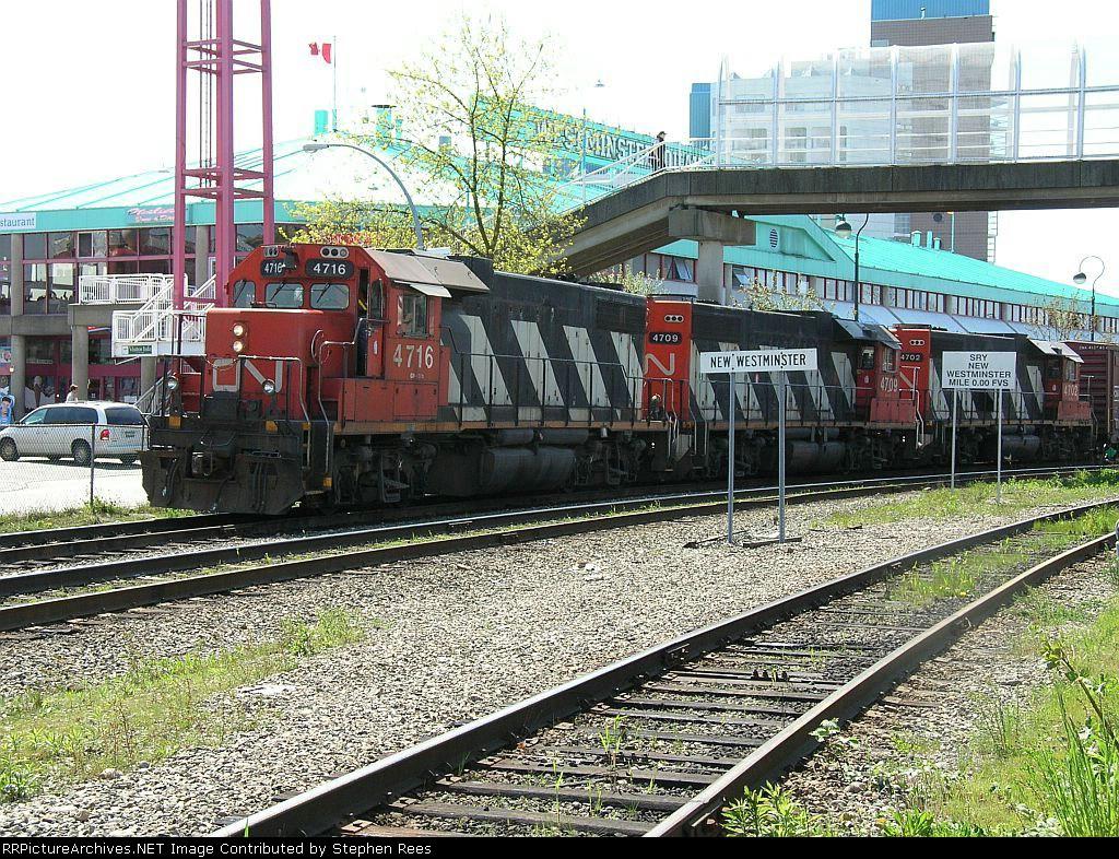CN 4716 The Quay