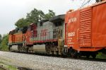 Solid BNSF power heads to St Louis
