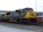 CSX 700 into the yard
