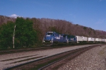 Conrail 6034 leads a westbound TV train east of Johnstown, PA