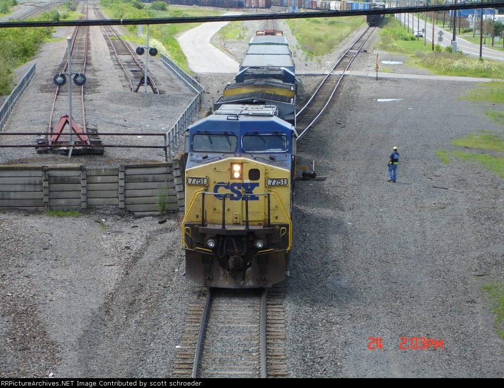CSX 7751 on Track #4