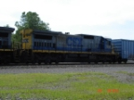 CSX 7553 heads WB to connect to its train