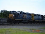 CSX 2552 & CSX 2776 head up the Y131