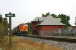 BNSF 7674 Passes In Front Of Depot