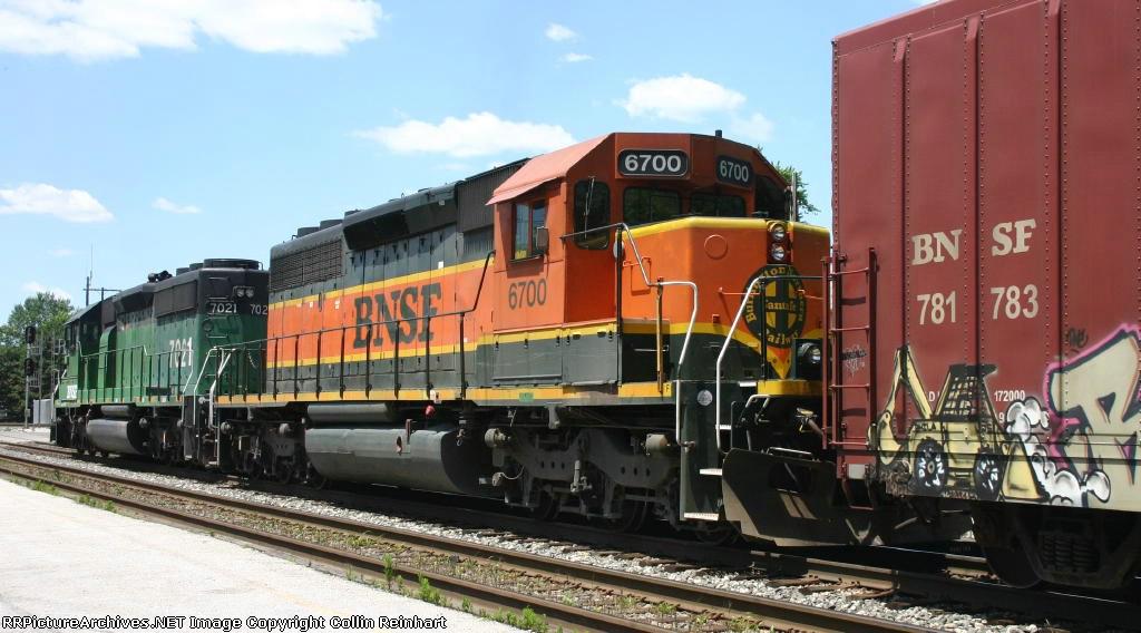 BNSF 7021