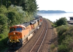 BNSF maifest freight heads north to Tacoma