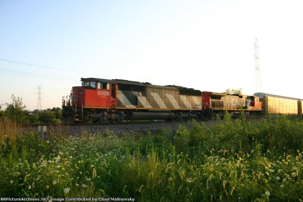 CN 5509 heads an eastbound
