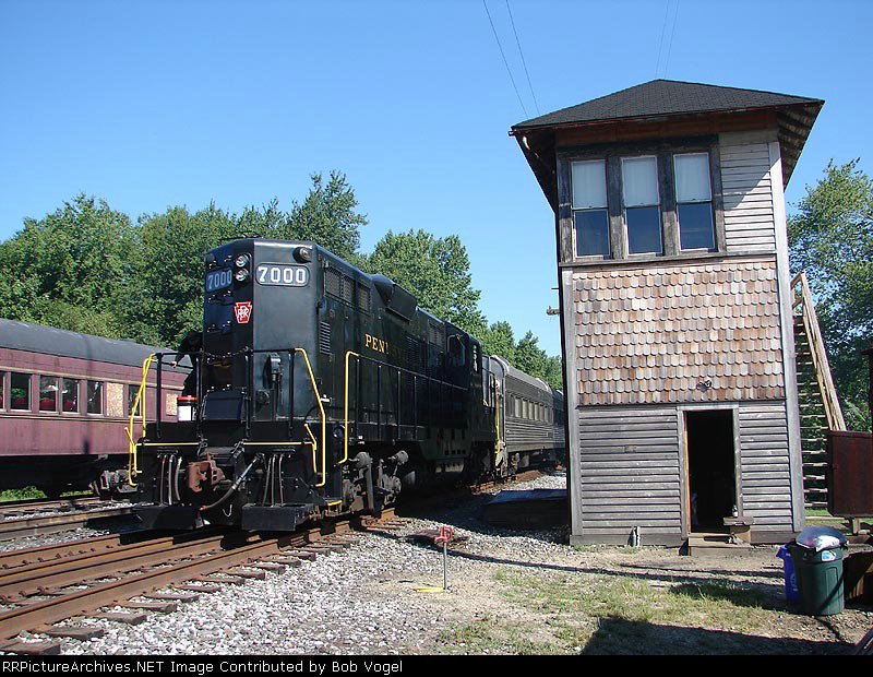 PRR 7000 at Tuckahoe Tower