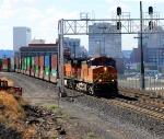 BNSF 4825 LEAVING DOWNTOWN SPOKANE