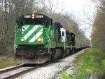 HESR 5086 leads 702 south on its trip to Durand