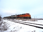 BNSF 4135 C44-9W heads South after UP.